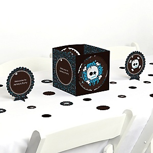 Skullitude&trade - Boy Skull - Party Centerpiece & Table Decoration Kit