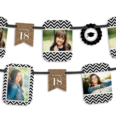 Tassel Worth The Hassle - Gold - Graduation Photo Garland Banners
