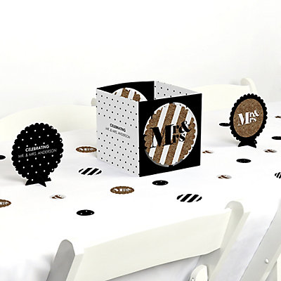 Mr. & Mrs. - Gold - Wedding Table Decorating Kit