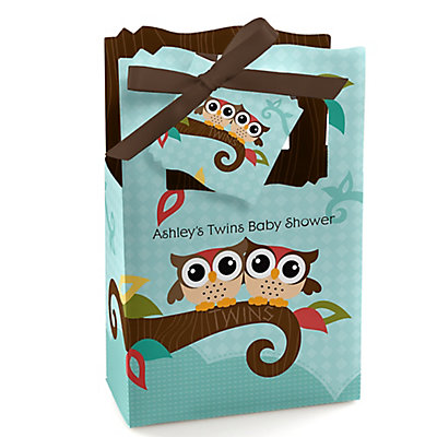 Owl - Look Whooos Having Twins - Personalized Baby Shower Fa...