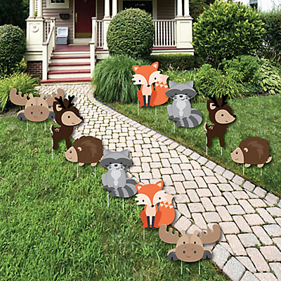 Woodland creatures forest animal lawn decorations for Backyard baby shower decoration