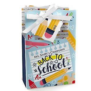 Back to School - Personalized First Day of School Classroom Decorations and Favor Boxes - Set of 12