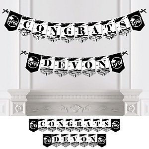 Black and White Grad - Best is Yet to Come - Personalized 2019 Graduation Party Bunting Banner & Decorations