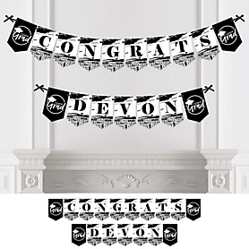 Black and White Grad - Best is Yet to Come - Personalized 2020 Graduation Party Bunting Banner & Decorations