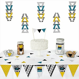 Movie - Hollywood Party -  Triangle Party Decoration Kit - 72 Piece