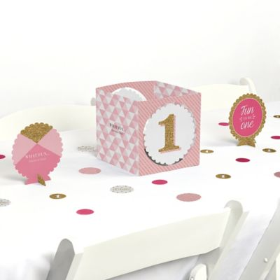 Fun to be One 1st Birthday Girl Birthday Party Table Decorating