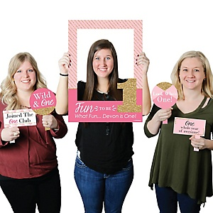 1st Birthday Girl - Fun to be One - Personalized First Birthday Party Selfie Photo Booth Picture Frame & Props - Printed on Sturdy Material