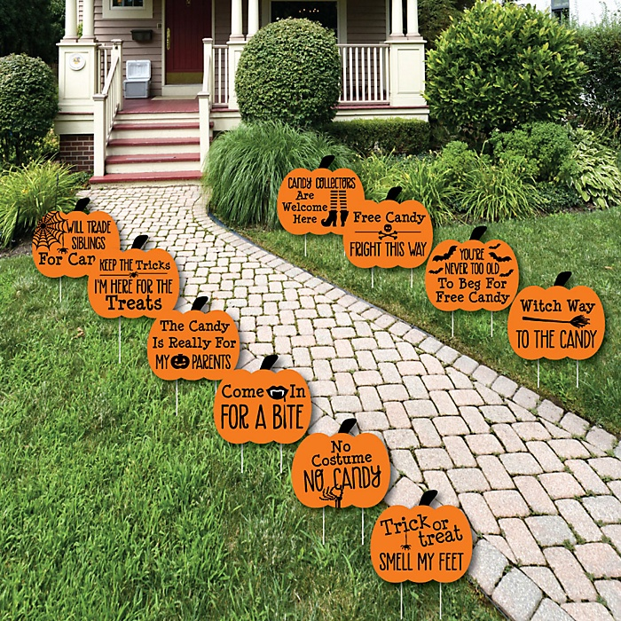 Funny Trick or Treat - Pumpkin Lawn Decorations - Outdoor Halloween Yard Decorations - 10 Piece