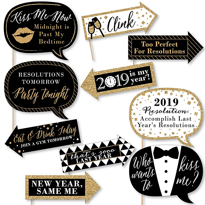 Funny 2019 New Year's Eve - 10 Piece New Year's Eve Photo Booth Props Kit