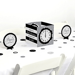 New Year's Eve - Silver - New Years Eve Party Centerpiece and Table Decoration Kit