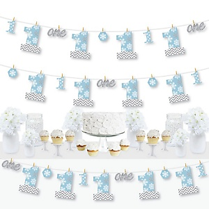 ONEderland - Snowflake Holiday Winter Wonderland First Birthday Party DIY Decorations - Clothespin Garland Banner - 44 Pieces