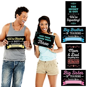Pregnancy Announcement - 10 Piece Photo Props Kit