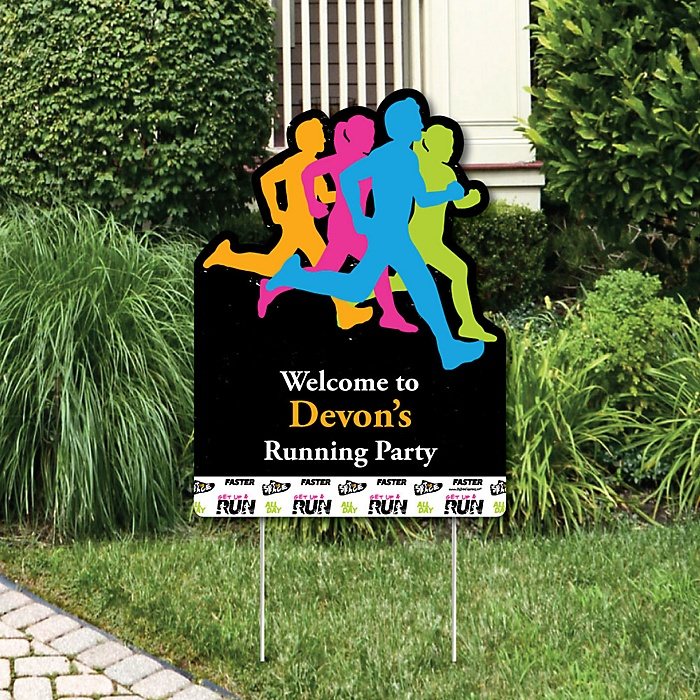 Set The Pace - Running - Party Decorations - Track, Cross Country or Marathon Personalized Welcome Yard Sign