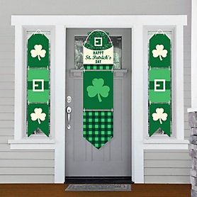 St. Patrick's Day - Hanging Porch Front Door Signs - Saint Patty's Day Party Banner Decoration Kit - Outdoor Door Decor