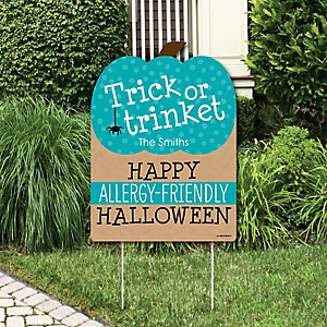 Teal Pumpkin - Personalized Halloween Allergy Friendly Trick or Trinket Welcome Yard Sign
