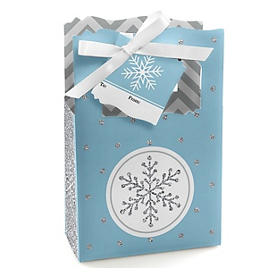 Winter Wonderland - Snowflake Holiday Party & Winter Wedding Gift Favor Boxes - Set of 12